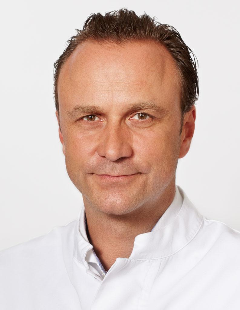 Dr. med. Thomas Demhartner